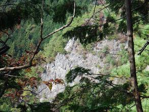 北東の岩斜面
