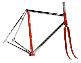 Photo: The finished frame with a classic red and silver paint scheme.