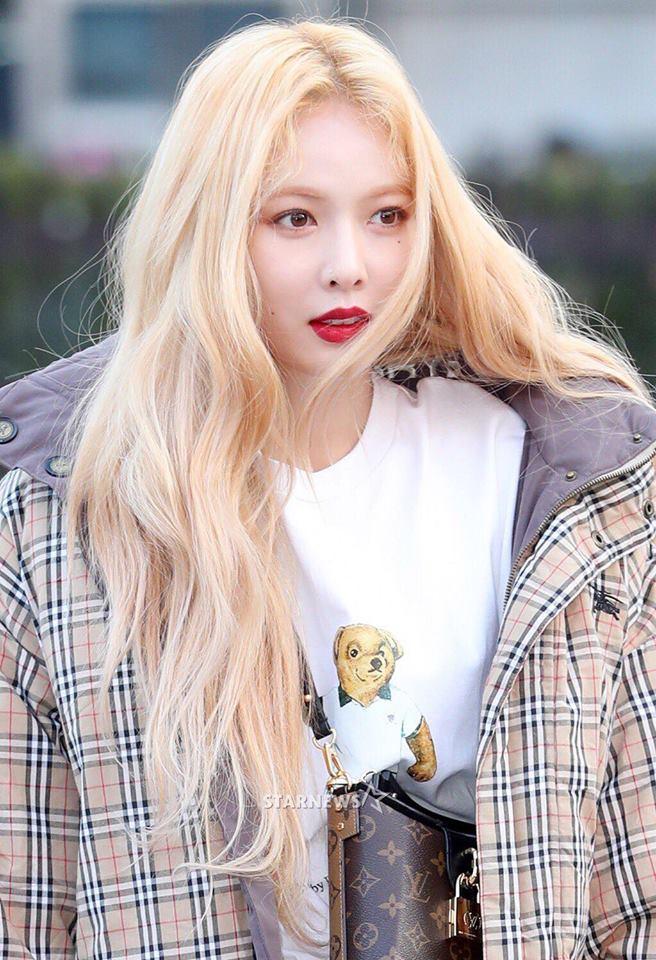 blonde 9