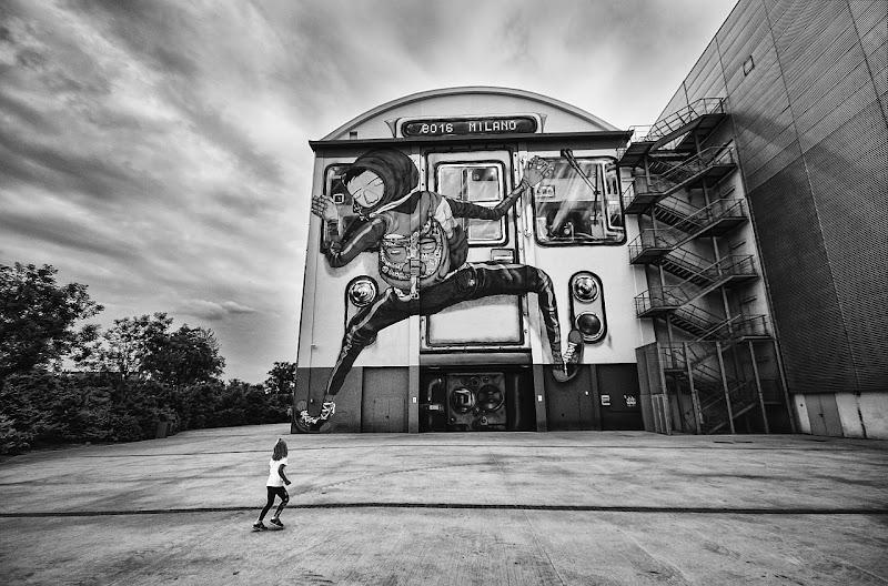 il gigante e la bambina di Paolo Zanoni