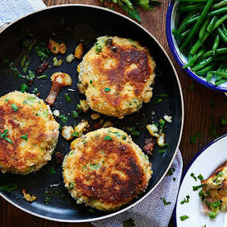Smoked Haddock Fishcakes With Green Beans.