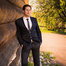 Wedding photographer Maksim Usov (musovphoto). Photo of 11.12.2015