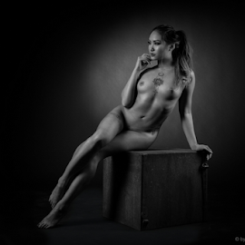 asian beauty on cube by Reto Heiz - Nudes & Boudoir Artistic Nude ( nude, black and white, elegant, nudeart, lowkey )