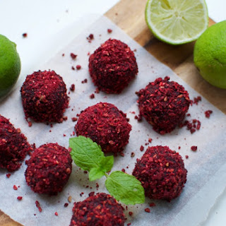 Raw Acai Cashew Bites with Coconut and Lime Recipe