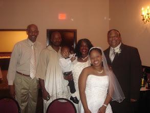 Photo: Uncle Leonard, Uncle Morgan, Mommy, Alijzah, Tanesha & Ron