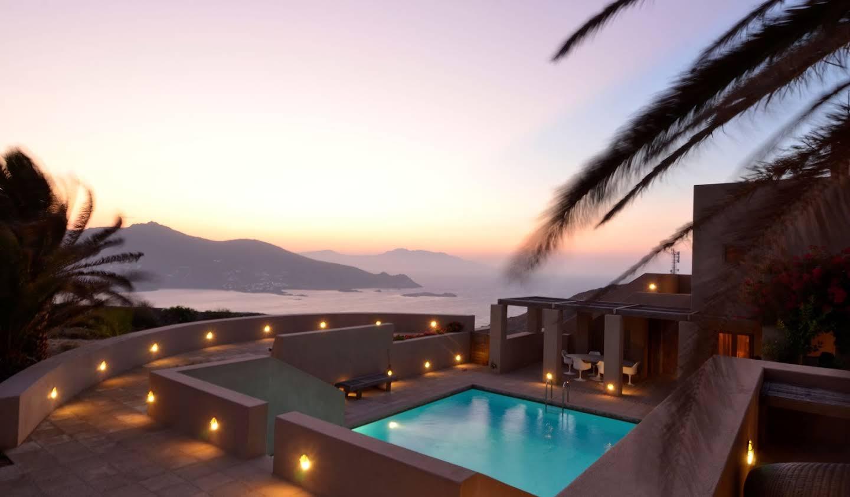 Seaside house with pool Mikonos