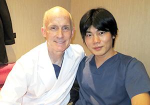 Dr.Brian Kinney(ビバリーヒルズ在住の有名美容外科医)