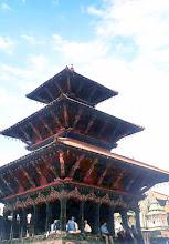 Photo: Patan - świątynia Wisznu Hari Shankar / The temple of Vishnu Hari Shankar