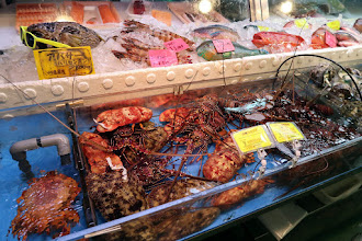 Photo: Fish market in central Naha