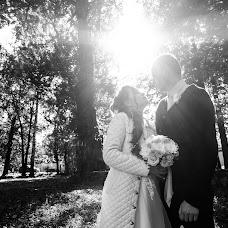 Wedding photographer Roman Gorelov (hellsmile). Photo of 23.10.2017