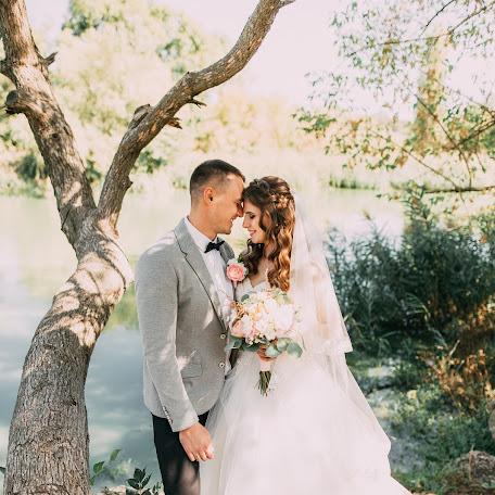 Wedding photographer Katerina Melnik (lollapaloozzaa). Photo of 18.02.2018