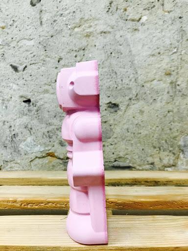 déco rose fuchsia en béton pour chambre de fille
