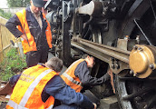 Photo: Dave, Jim and Nick fitting a brake shoe to 80104.  16 Sep 2016.