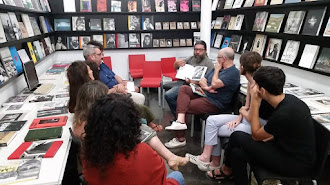 Gabriel Martínez Lopéz, durante una reunión con fotógrafos.