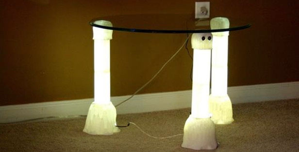 «Призрачный» столик