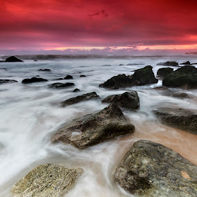 slow motion by Paulo Penicheiro - Landscapes Beaches ( low ligh, sunse, sea, rocks )