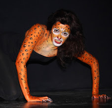 Photo: body paint leopardo