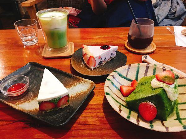 六丁目Cafe🍰民生社區日系風咖啡廳,2.5倍濃抹茶草莓生乳酪抹茶控必吃!