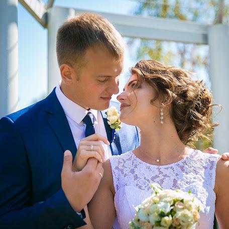 Wedding photographer Oksana Grichanok (KsushOK). Photo of 24.10.2017