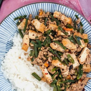 Stir-Fried Garlic Chives with Ground Pork and Tofu (Cang Ying Tou)