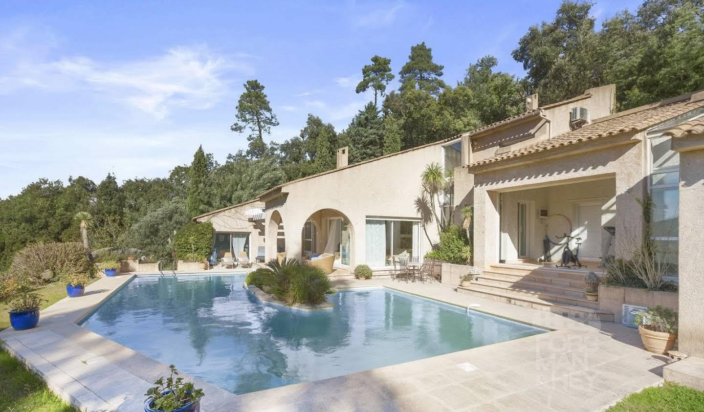Propriété avec piscine Mandelieu-la-Napoule