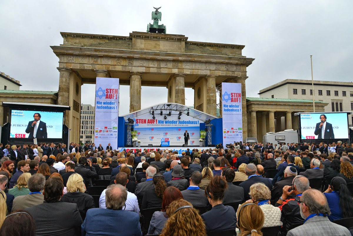 Photo: Berlin rally against anti-Semitism hosted by Cherno Jobatey   www.cherno-jobatey.de/ in English: www.cherno.com