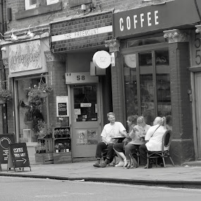 Coffee break by Brian Egerton - People Street & Candids ( city life, candid, city, street, coffee, black and white, street photography )
