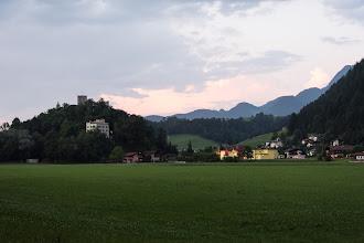 Photo: St. Gertraudi. Po lewej ruinyKropfsberg.
