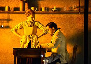 Photo: Wien/ Theater in der Josefstadt: FRÄULEIN JULIE von August Strindberg. Premiere 6.10.2015. Inszenierung: Anna Bergmann. Bea Brocks, Florian Teichtmeister. Copyright: Barbara Zeininger