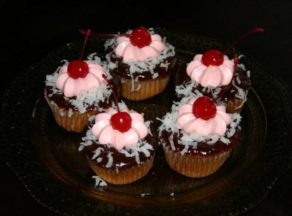 Chocolate Covered Cherry Cupcake Recipe