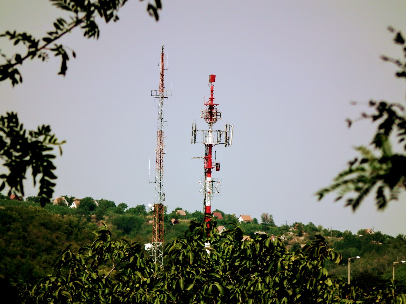 Szekszárd/kálvária - DVB-T gapfiller+helyi URH-FM adóállomás