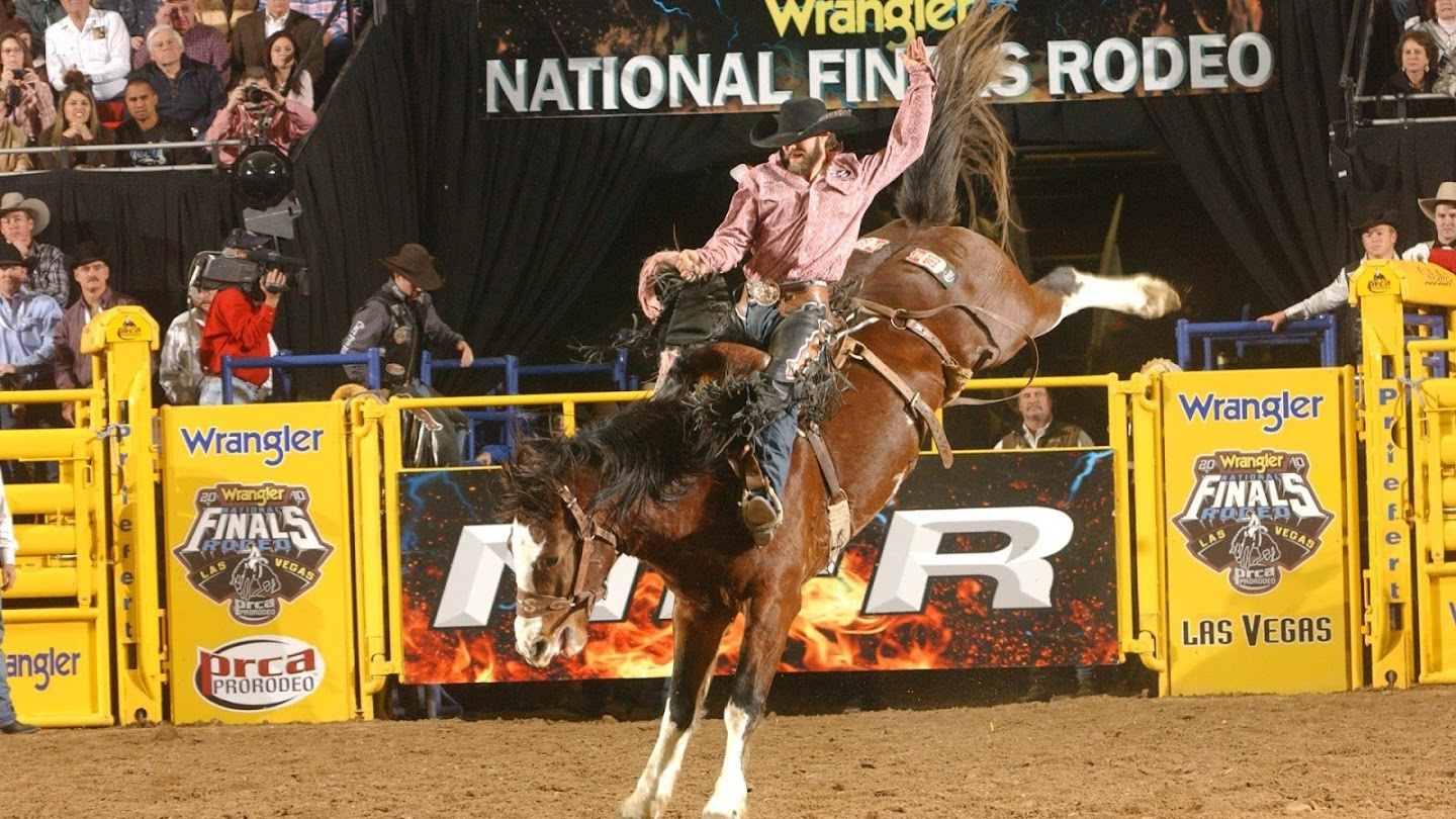 Watch 2017 Wrangler NFR Preview Show live