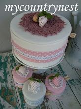 Photo: torta scatola panna.fragola, diametro 26 cm