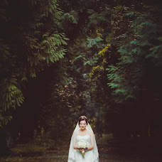 Wedding photographer Elena Kostrica (helenkoc). Photo of 12.08.2016