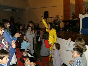 Photo: A nena e o grilo. Domingo 1-12-2013