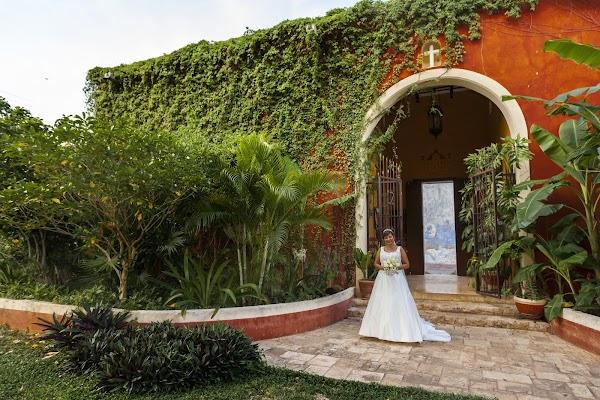 Fotógrafo de bodas Yarky Moguel Ortega (moguelortega). Foto del 25.08.2015