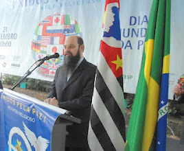 Photo: Father Carlos Contieri opening the event