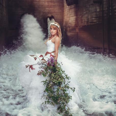 Wedding photographer Viktoriya Midonova (Midonova). Photo of 16.11.2015