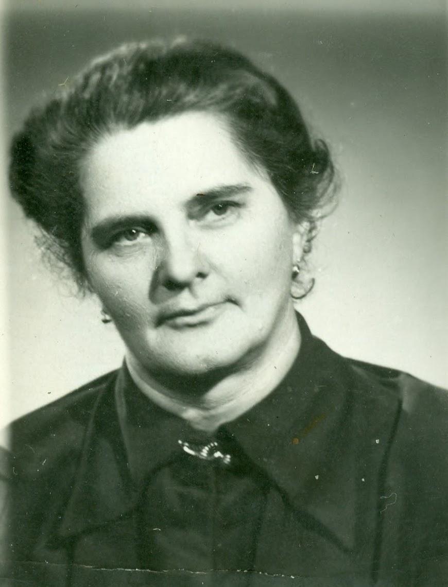 Halmos Mihályné
