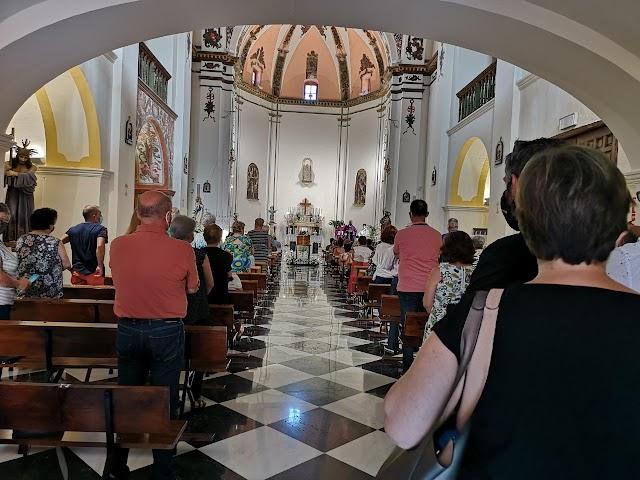 Un momento del funeral, oficiado en el Convento de los Agustinos.