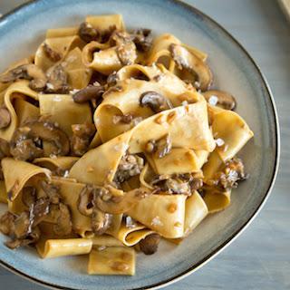 Hearty Mushroom Pasta