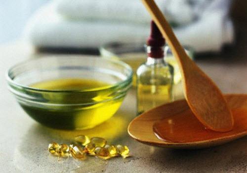Sử dụng dầu oliu và thường xuyên xoa bóp lên vùng da bị lão hóa để cải thiện độ đàn hồi của da