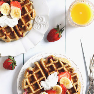 Strawberry Banana Oatmeal Greek Yogurt Waffles (gluten free!).