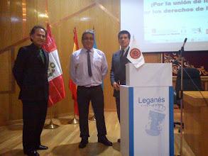 Photo: En el marco de la Celebración del DÍA DEL INGENIERO PERUANO, que se celebran por el día 08 y en el que nuestro Colegio de Ingenieros del Perú cumple su  52º Aniversario , en Madrid y en otras ciudades de Europa igualmente estuvimos compartiendo un Encuentro Profesional, en el caso de Madrid nos unimos y lo compartimos en el anual Congreso Europeo de COmunidades Peruanas en el EXterior que se realizó este 20,21,22 de Junio en Leganes, Madrid. -    Recibimos la especial visita de nuestros Consejeros Delegados de REIP CATALUNYA, Ing. CIP Cajamarca, Agrónomo, Victor Chávez Toledo y nuestro Consejero Delegado de REIP PAIS VASCO, Ing. CIP Junin, Mecánica, Luis Velasquez Orrego procedente de Bilbao, así como el Ing. CIP Lima, Agronomía, Martín Abozaglo Jara, residente en Madrid, junto a nuestro Portavoz de REIP Madrid, Ing. CPITICM, Informática, Julio García Mori, entre otros.