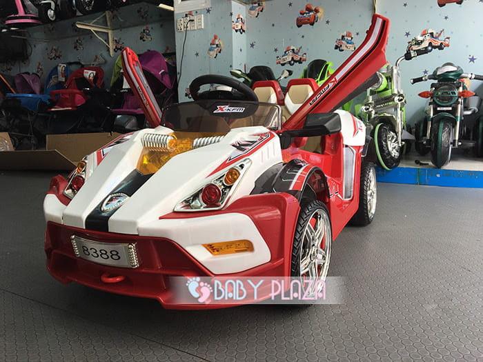 Xe ô tô điện dành cho bé WXE-8388 1