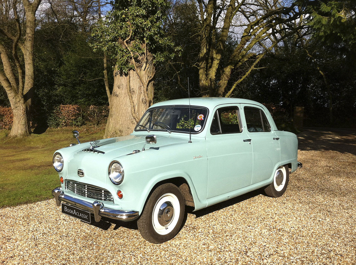 Austin A50 Cambridge Hire Hound Green, Hook