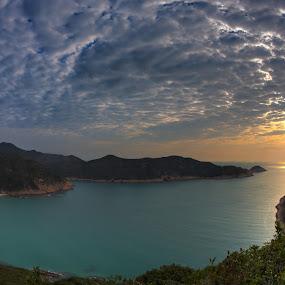Beaming through by Anthony Lau - Landscapes Cloud Formations ( cloud formations, hong kong, sun rise, sai kung, sea, rock, beach, pwcsunbeams, long ke, light, coast )