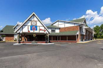 Canadas Best Value Inn Trenton