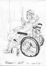 Photo: 主僕情深2012.10.12鋼筆 一臉疲憊身材瘦小的外籍看護工推著神色看似嚴峻的老先生進捷運車廂,她將輪椅推定位鎖上剎車就要回去站在輪椅後,老先生指著一旁的空位示意她坐下,她猶豫了下向前走兩步,又不放心地轉身彎腰看剎車鎖定了沒,老人家這時仍指著空位示意她坐下,並伸出右手握住車廂握把,她這才安心地坐下。 ~這一幕,令我心頭一陣暖~