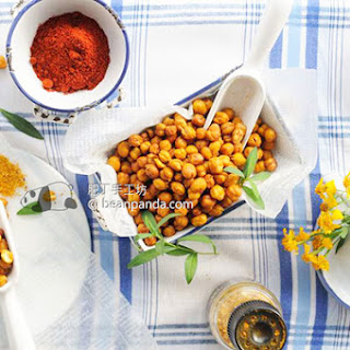 Simple Crispy Roasted Chickpea Snack